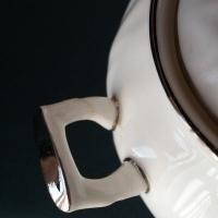 Aynsley 'spring crocus' Sugar Bowl & Lid